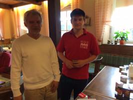 Lutz Lewandowski und Andy beim Pokerturnier.